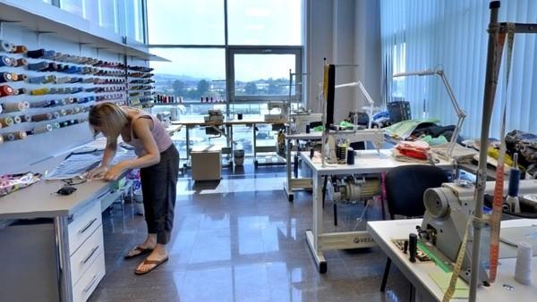 идея для бизнеса в кризис: ремонт одежды